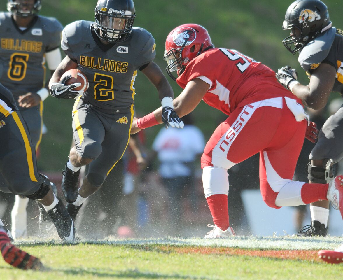 Robert Chesson leads Bowie State in a 77-21 blowout over Elizabeth City State.
